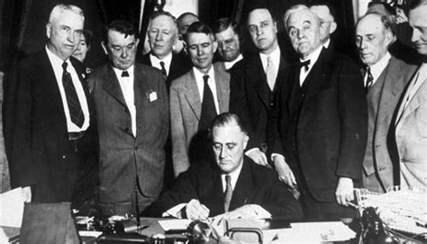 what year was the new deal put into effect how classical liberalism morphed into new deal liberalism