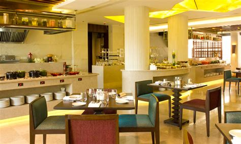 mirador andheri east buffet meals sunday brunch drinks at house of asia