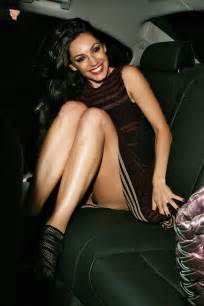 Kelly brook teasing panty upskirt pictures gutteruncensored com