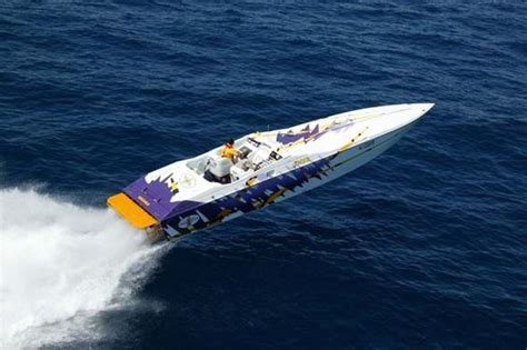 cigarette boat rides power boats boats and tigers on pinterest
