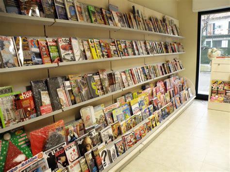 arredamento per edicola arredamento edicola arredo negozio edicola negozio giornali