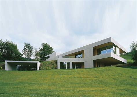 Einfamilienhaus Am Hang by Meditieren Am Hang Modernes Einfamilienhaus Neubau