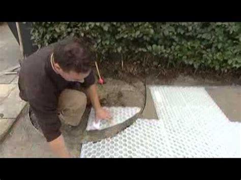 zement gehweg ideen gartenweg pflastern anleitung gartenweg pflastern
