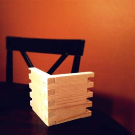 box joint table saw jig without using miter slots by