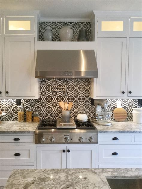28 black and white kitchen backsplash kitchen