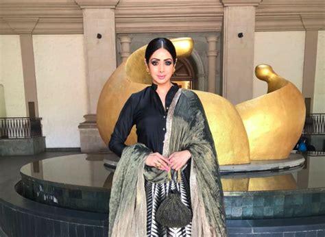 drowning bathtub bollywood star sridevi kapoor accidentally drowns at the