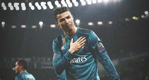 ronaldo juventus update it s never happened to me ronaldo thanks juventus fans for ovation following overhead goal
