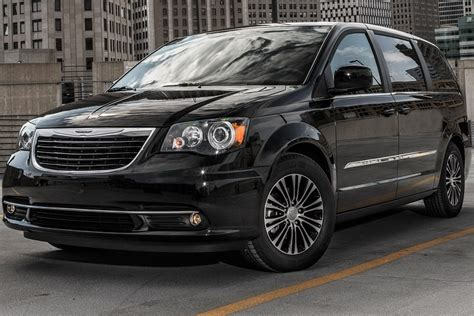 2013 chrysler town and country 2013 chrysler town and country s wallpapers pictures