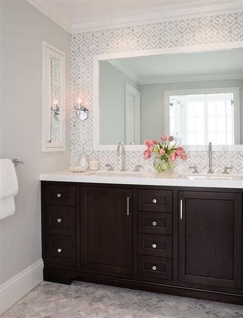 bathroom with dark cabinets 25 best ideas about dark vanity bathroom on pinterest