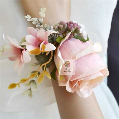 Free Shipping Pink Silk Flower Rose Corsage Boutonniere / Bridesmaid Wrist Corsage in Decorative
