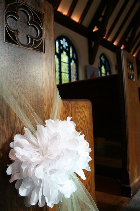 Homespun: Paper Flower Poofs for Rachie's wedding. (#