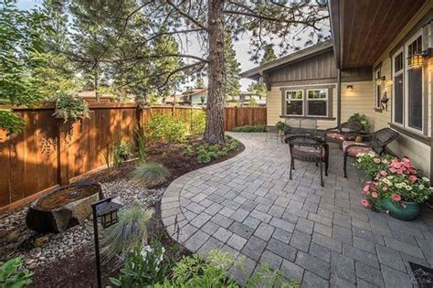 patio landscaping for small backyard driveway