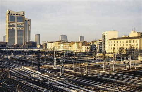 stazione ferroviaria porta garibaldi stazione di porta garibaldi fotografia stock