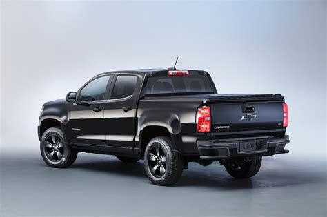 chevy colorado midnight edition 2016 chevy colorado midnight edition revealed gm authority