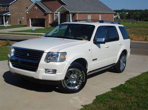 2008 Ford Explorer by Koolazzsoldier 2008 Ford Explorer S Photo Gallery At Cardomain