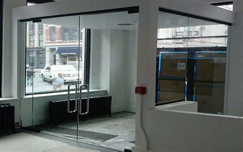 Exceptional Contemporary Glass Garage Doors #4: Clear-glass-entrance-office-doors.jpg