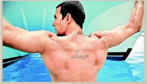 tattoo name akshay akshay to flaunt his tattoos in blue fenil and bollywood