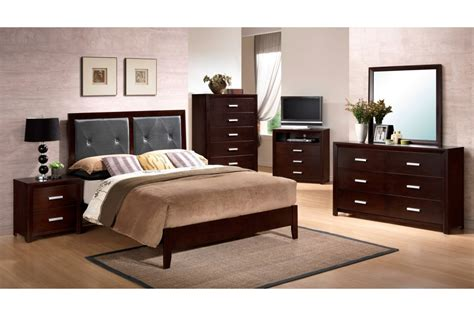 cherry bedroom sets bedroom sets colter cherry queen size bedroom set