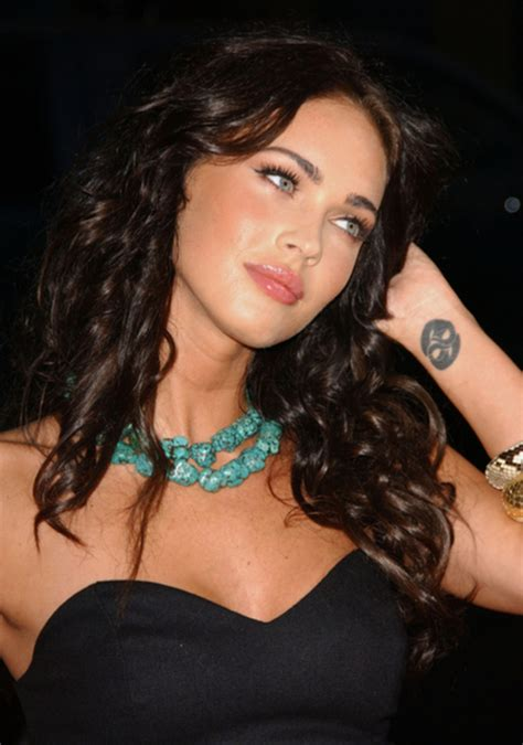 megan fox wrist tattoo megan fox tattoos side katy perry buzz