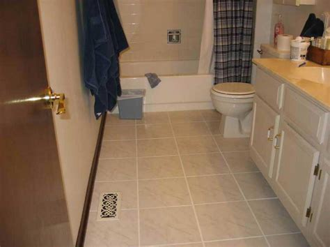 ideas for bathroom floors small bathroom tile floor ideas with beige tile color