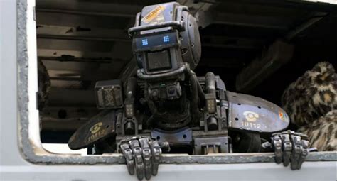 film robot manusia chappie sosok robot pintar berhati manusia