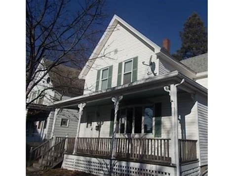 houses for sale manchester nh 556 cedar st manchester new hshire 03103 foreclosed home information
