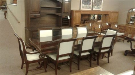 pennsylvania house dining set delmarva furniture consignment broyhill dining tbl w 8 chairs delmarva furniture