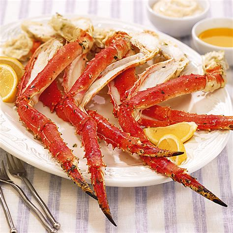 broiled king crab legs grilled king crab legs wegmans