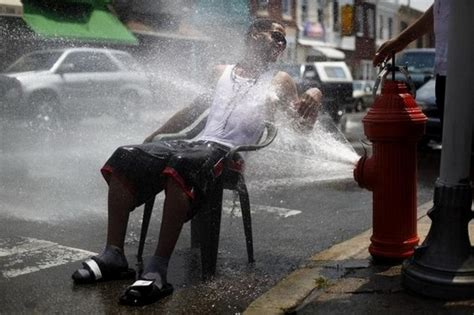 funny hot weather pictures for facebook funny ways to stay cool this summer