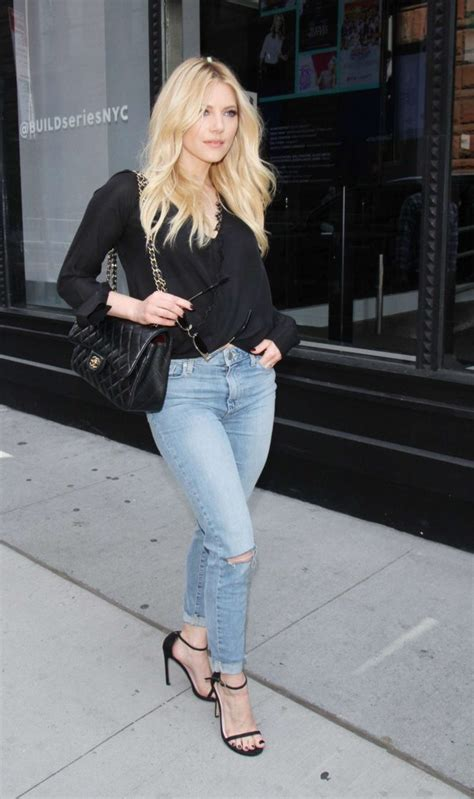 katheryn winnick series katheryn winnick at aol build series 12 gotceleb