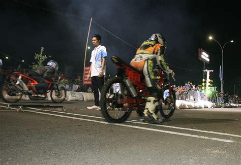 Kaosbajutshirt Balap Drag Bike 201 M drag bike 201m tidak ikuti regulasi imi carmudi indonesia