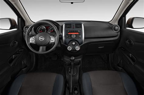 nissan versa interior 2013 2013 nissan versa reviews and rating motor trend