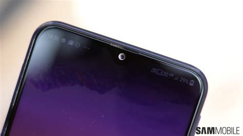 top galaxy  features   notch offers benefit