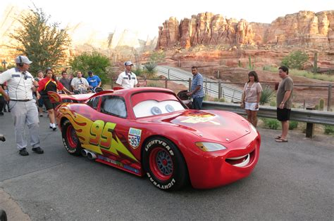 how to learn all about cars 2012 land rover lr4 head up display disneyland avoiding the cars land crush trips with tykes