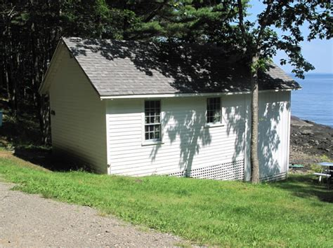 cheap friendly cottages cheap sleeps penobscot bay budget friendly lodging near