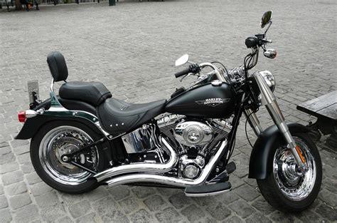 Harley Motorrad Bilder by Kostenloses Foto Harley Davidson Fatboy Geparkt
