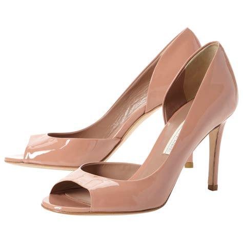 Sepatu Wanita 21 jenis dan model sepatu terbaru untuk cewek modis