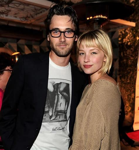 haley bennett ryan eggold does hottie haley bennett have a husband if not is she