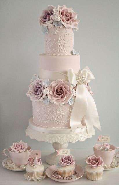 rosa möbel oltre 25 fantastiche idee su torte nuziali su