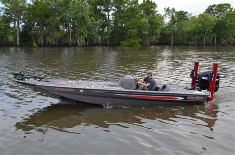 gator trax boats strike series strike series high performance aluminum bass boat