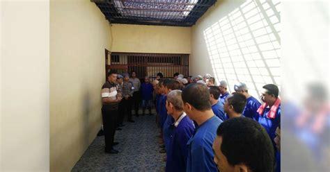 Tahanan Gas Warna 32 tahanan polres bojonegoro dipindahkan ke lp kelas iia bojonegoro berita bojonegoro