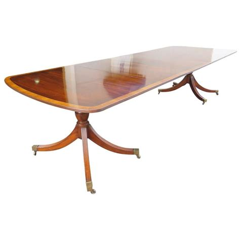 mahogany banded pedestal dining table for sale at 1stdibs