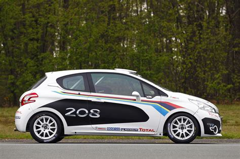 peugeot used car values peugeot debuts 208 r2 rally car autoblog