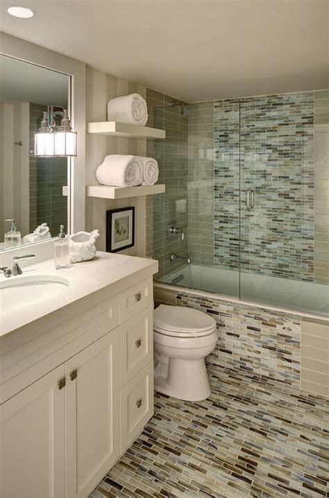 small bathroom tiling ideas 17 best images about bathrooms on shower tiles