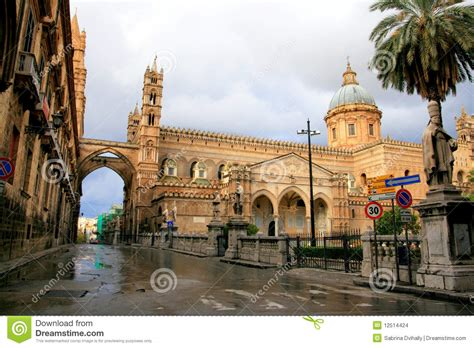 the time traveler s guide to norman arab byzantine palermo monreale and cefalã books palermo cathedral norman arabic architecture stock images