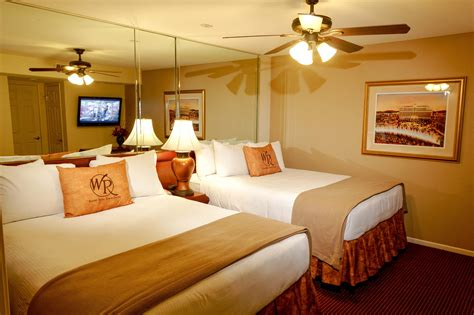 2 bedroom hotels in las vegas 2 bedroom suite las vegas at westgate flamingo bay resort