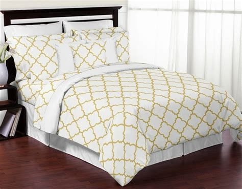 Gold And White Bedding by White And Gold Trellis 3pc Bedding