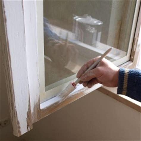 Holz Fensterrahmen Lackieren by Holzfenster Streichen Fenster Lackieren Und Renovieren