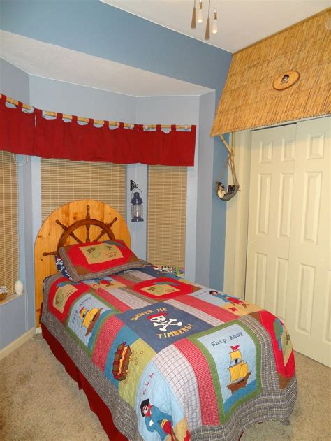 ship wheel headboard 17 best images about boy s bedrooms on pinterest train