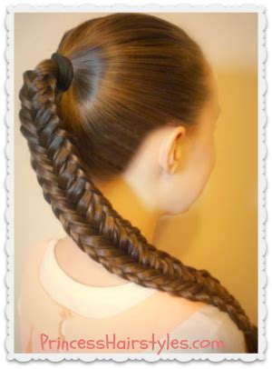 Twisted With An Edge twisted edge fishtail braid hair tutorial hairstyles for